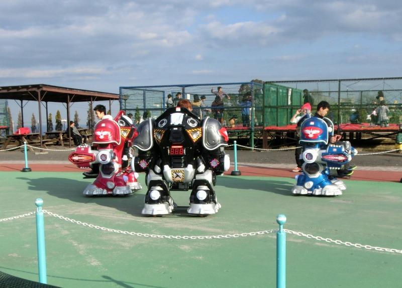 ロボット風乗り物