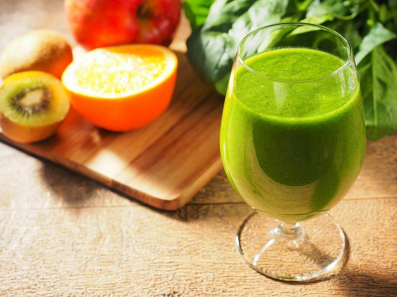 果物やグリーンジュース