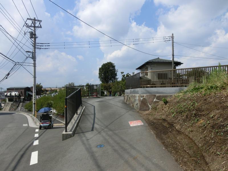 常泉寺の駐車場入口