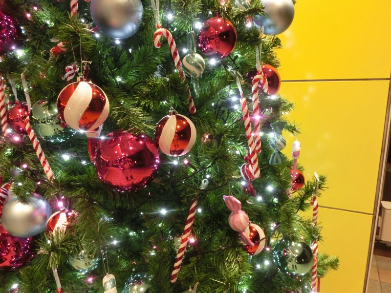 クリスマスツリーのオーナメント