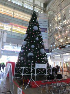 ステーションスクエアクリスマスツリー2017