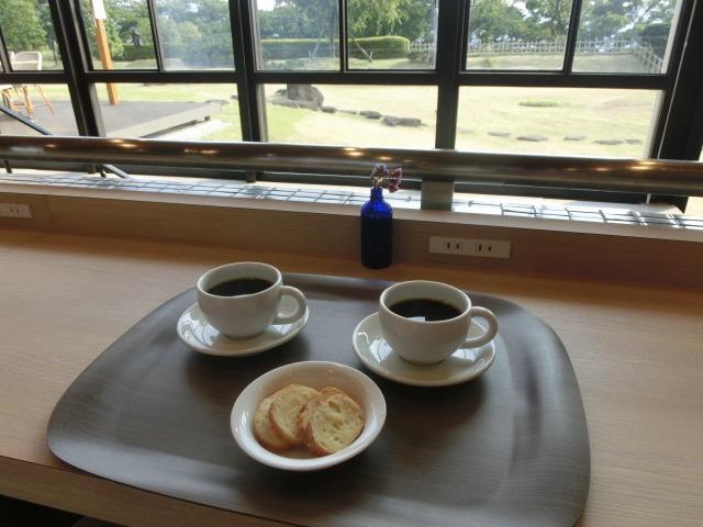 コーヒーとラスク
